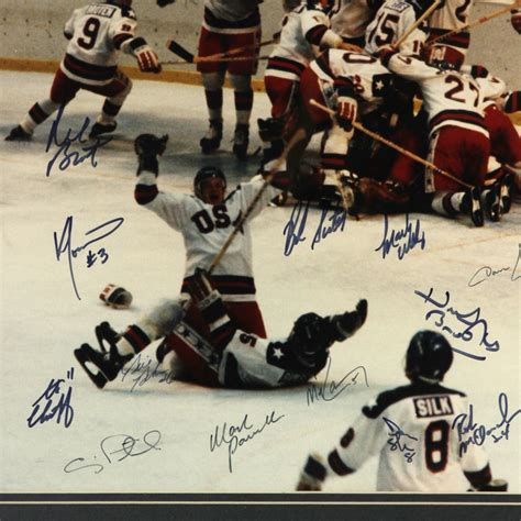 Miracle Hockey Lot Detail 1980 Usa Olympic Hockey Team Miracle On Signed 24 Quot X 28 Quot Framed Photo Display Jsa