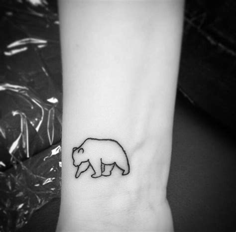 simple bear tattoo 25 best ideas about polar on