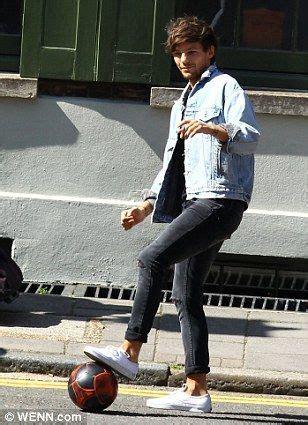 louis tomlinson vans louis tomlinson shoes vans www pixshark images