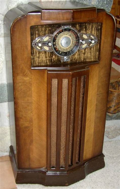 antique radio antique radio cabinet 1920 s antique radio cabinet