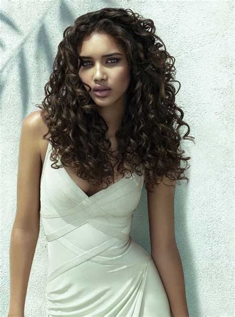 sexy styles for long curly layered hair using clips and combs 35 long layered curly hair hairstyles haircuts 2016 2017