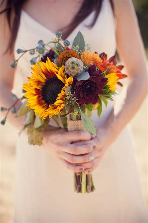 Small Flower Bouquets For Weddings by 21 Sunflower Wedding Bouquet Ideas For Summer Wedding