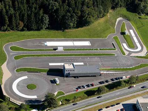 Fahrsicherheitstraining Motorrad Steiermark by Salzburg Arb 214 Fahrsicherheitszentrum