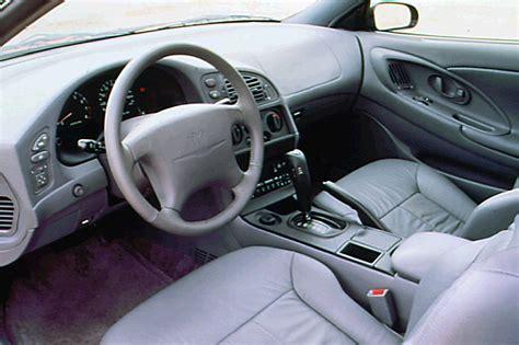 Dodge Avenger Interior by 1995 00 Dodge Avenger Consumer Guide Auto