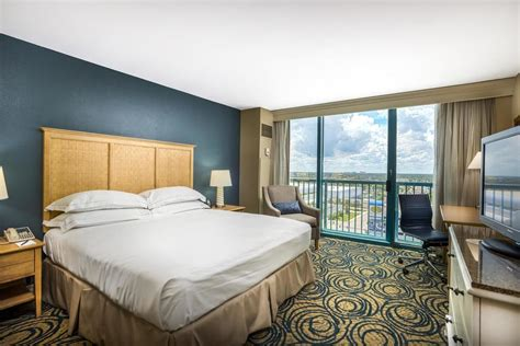daytona room daytona oceanfront resort 2017 room prices deals reviews expedia
