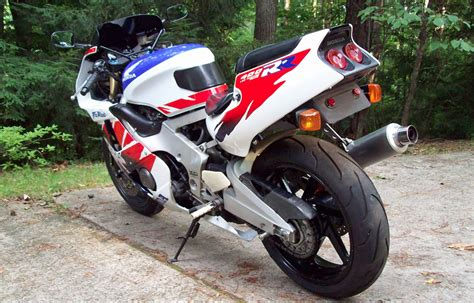 honda cbr 400 rr honda cbr 400 rr modified 2011