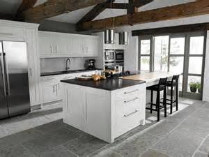 Shaker Kitchen Island by Shaker Kitchen With Island And Bench Smart Residence