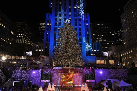 how many lights are on the rockefeller tree rockefeller tree through the years see photos am new york