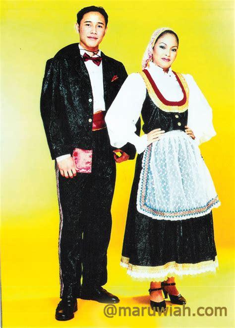 Baju Kurung Negeri Sembilan pakaian tradisional maruwiah ahmat