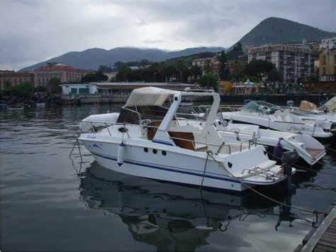 barca cabinata usata cabinata in cania barche a motore usate 49556 inautia