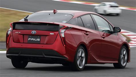 2016 toyota prius review drive carsguide