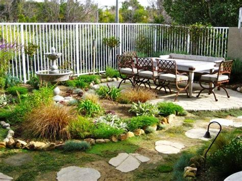 nicest backyards 18 nice backyards for your inspiration homedizz