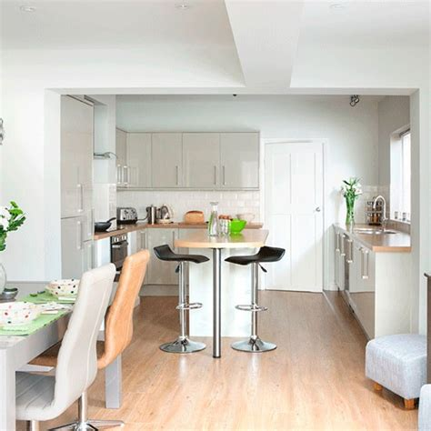 open plan kitchen diner ideas take a tour of this light and modern kitchen housetohome