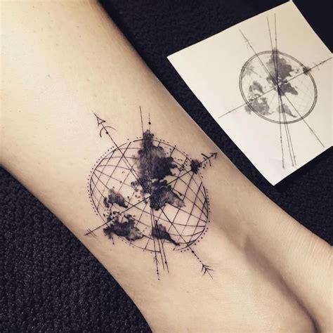 compass tattoo instagram see this instagram photo by ilwolhongdam 2 283 likes