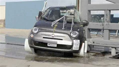 fiat 500 safety ratings 2012 fiat 500 gets contradictory safety ratings