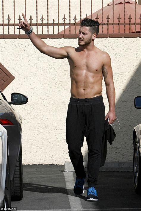 dancing with the stars val chmerkovskjy gets shirtless