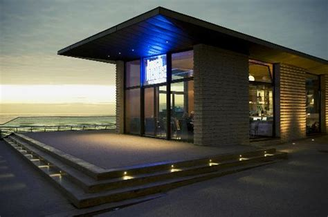 beach house bar beach house bistro bar blackpool restaurant reviews phone number photos