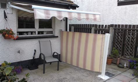 Retractable Roof Awnings Wall Mounted Retractable Screens Adgey Awnings Amp Shutters