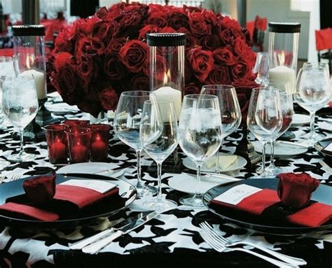 wedding table settings pictures black white table setting inspiration via insideweddings the merry
