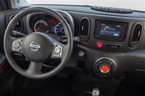 2014 nissan cube interior 2014 nissan cube dashboard photo 2