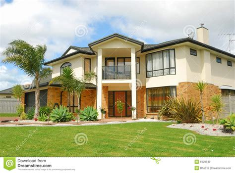 New House Show Brand New Show Home Royalty Free Stock Images Image 6928549