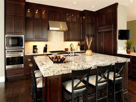 kitchen pics ideas best 25 brown cabinets kitchen ideas on