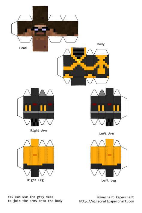 Half Papercraft - papercraft gordon freeman