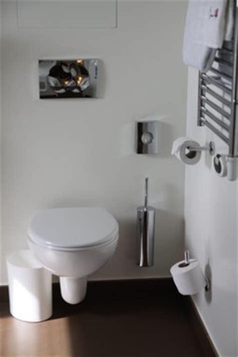 Comment Nettoyer Le Fond Des Toilettes 139 by Toilettes Blanc