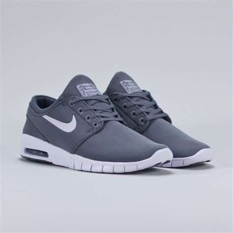 Nike Stefan Janosky Grey nike stefan janoski max grey graysands co uk