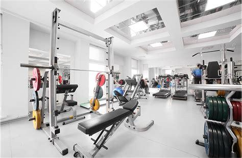 membuka usaha gym desain tempat fitness center umum dan di rumah