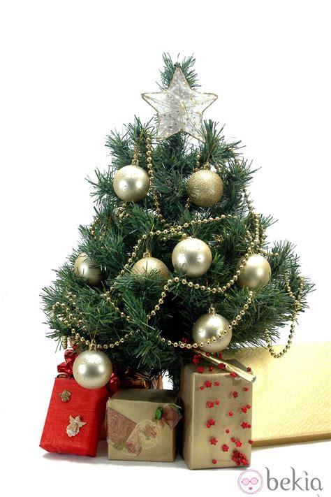 193 rbol de navidad decorado en color dorado ideas para