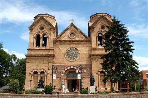 churches in santa fe new mexico