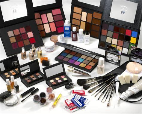 Eyeshadow Kit fashion makeup kit for all season