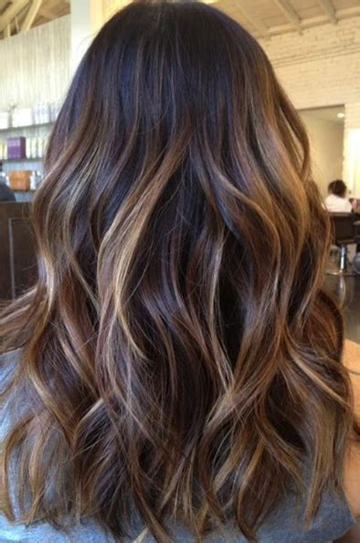 a line with subtle balyage highlights hair balyage subtle balayage p r e t t y h a i r pinterest