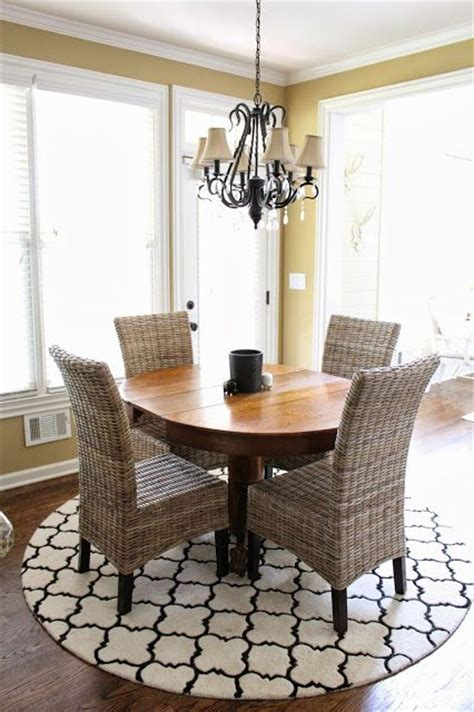 round rugs for dining room 25 best ideas about round rugs on pinterest round round