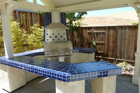 Blue Tile Kitchen Countertop by Cobalt Blue Mexican Talavera Tile On A Bbq Countertop