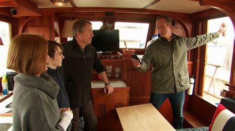 Watch Three Projects One Table Video Tiny House Nation Fyi Tiny House Nation Episodes