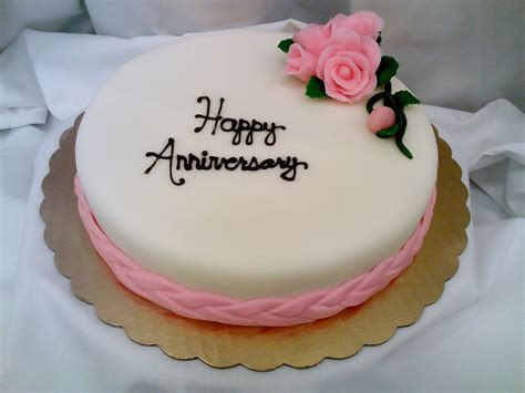 Anniversary Cake by How To Get Anniversary Cakes From Anywhere In India 187 Tell
