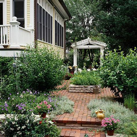 better homes and gardens backyards 17 best images about inspiring outdoor spaces on pinterest