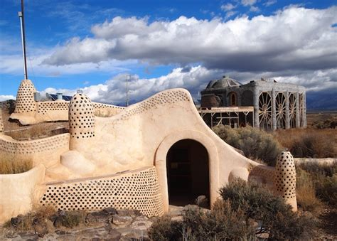 Southwest Decor Aboard An Earthship In Taos New Mexico