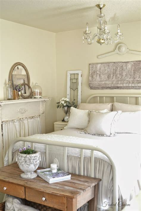 french cottage bedroom furniture 25 best ideas about cottage style bedrooms on pinterest