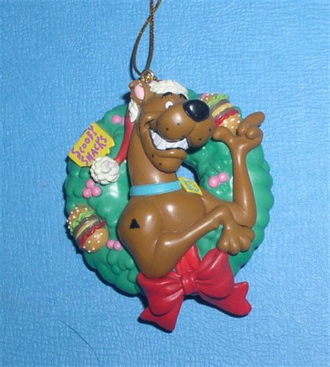 scooby doo in a holiday in a christmas reef ornament