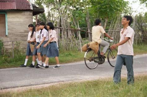 nonton film indonesia laskar pelangi sang pemimpi kumpulan tulisanku