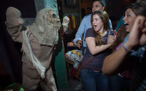 terror nights haunted house vacation packages on sale now for halloween horror nights