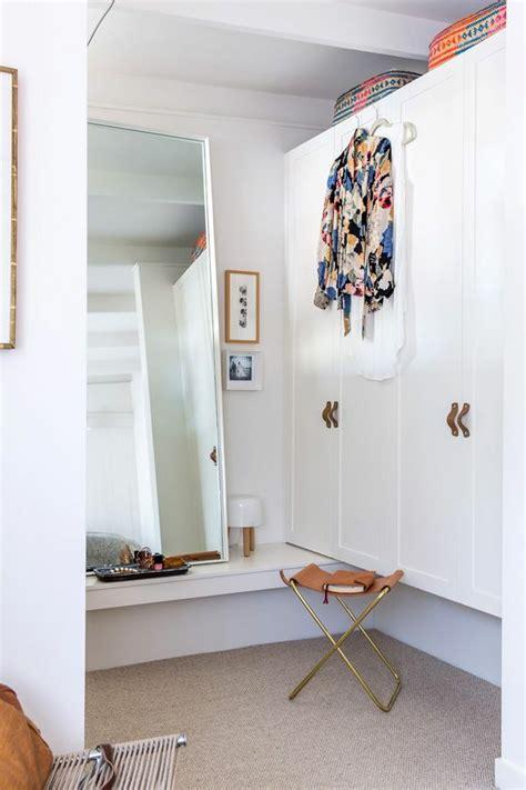 Besta Als Kleiderschrank by Wie K 246 Nnen Sie Einen Begehbaren Kleiderschrank Selber Bauen
