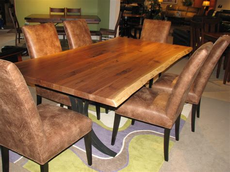 sofas recliners dining tables bedroom sets and more kalamazoo amish furniture battle creek amish dining
