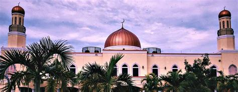 Masjid Miami Gardens by With Hatred For Muslims Accused Of Threatening Miami