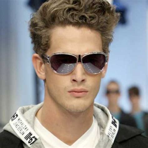Curly Boy Hairstyles by 20 Curly Hairstyles For Boys Mens Hairstyles 2018