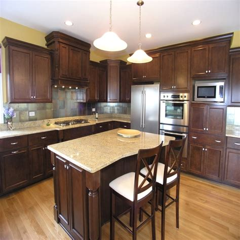 kitchen cabinets and flooring combinations kitchen wood cabinets color scheme
