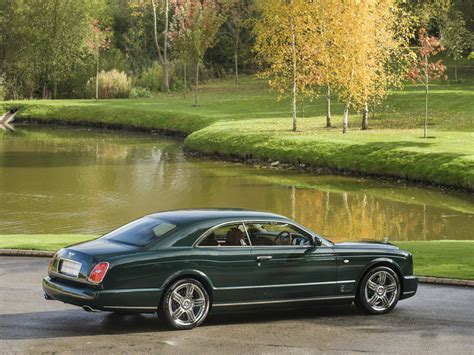 bentley dark green 25 best ideas about bentley brooklands on pinterest